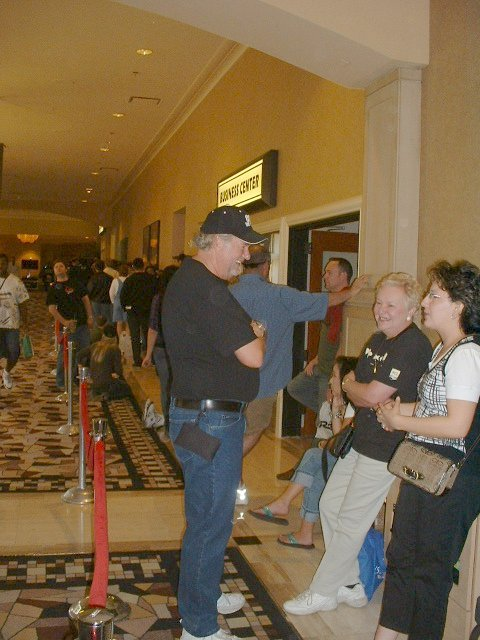 WSOP spectators in line ahead of me at 10:33am