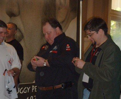 11/07/09 11:14am - Greg Raymer signing autographs.